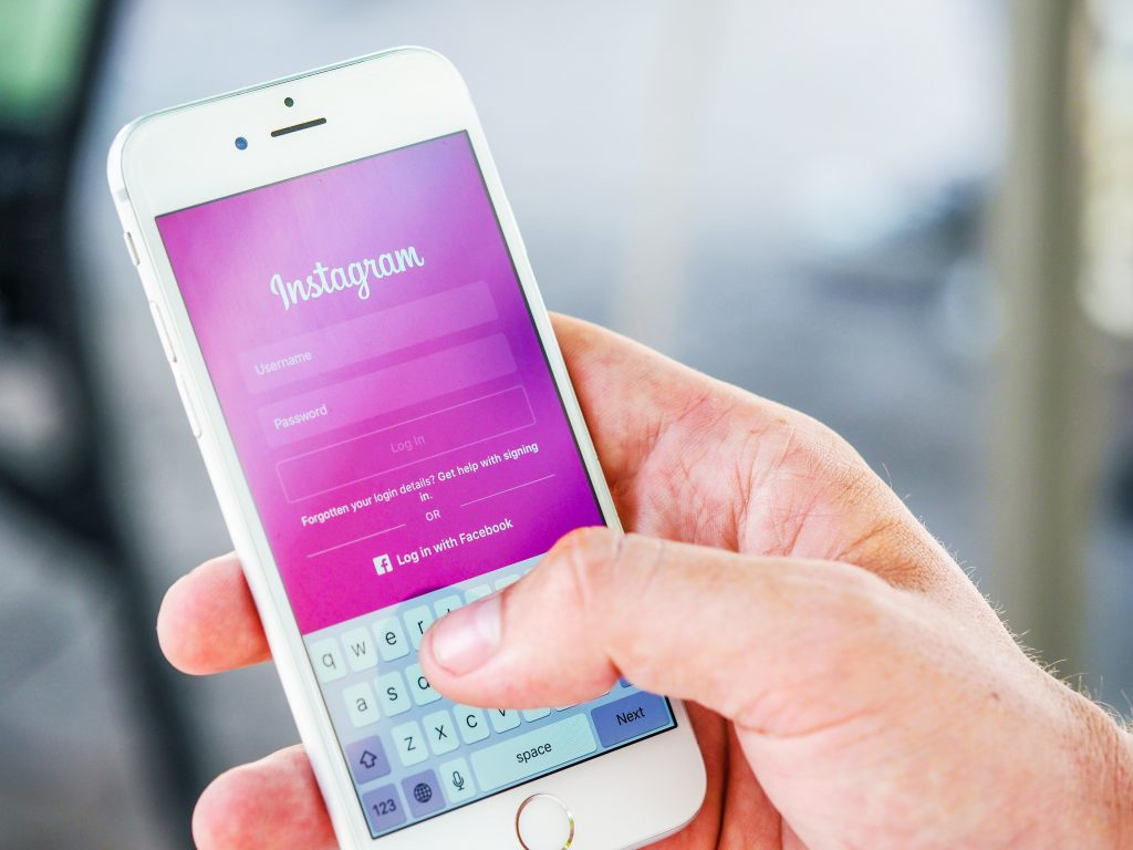 Celebrity Marketing on Social Media